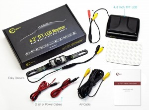 """Esky® TFT: recensione Monitor LCD da 4,3"""" Ripiegabile per la Retromarcia"""