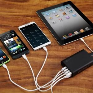 iClever® 50W 10A: recensione Caricatore da Ufficio / Viaggio a 6 Porte USB