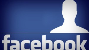 Come scoprire i visitatori di un profilo Facebook