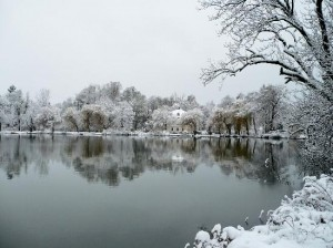 lake-in-winter